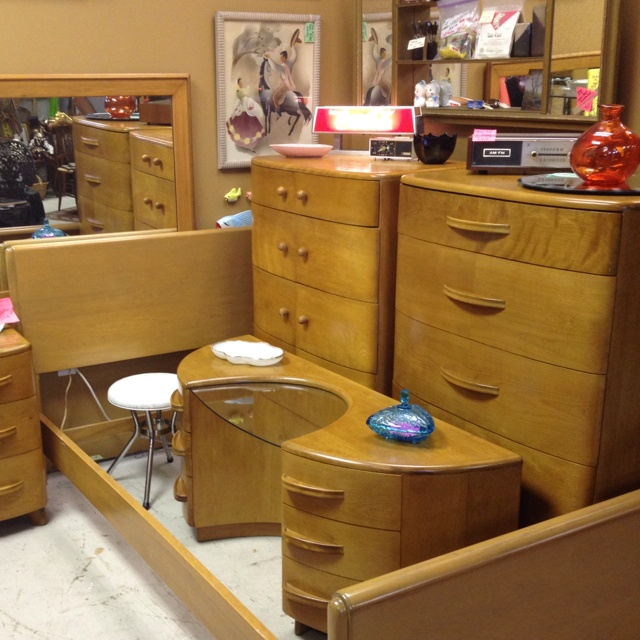 Heywood Wakefield Crescendo Bedroom Suite For Sale $1695 Heywood Wakefield  Sold In My Booth.