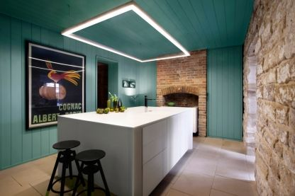 How to use paint to enhance any room of the house: Jackson Sutton Residence by Smart Design Studio Paint colours:Candidat, Pensive, Frog Hollow, Glowing Coal, Pale Parchment, Cobbler, Metro Mars, Gold, Toffee Tan, Detroit, China White, Pensive Pink Photo: Sharrin Rees