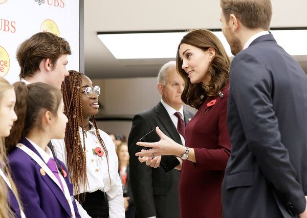 Kate Middleton Photos - Catherine, Duchess Of Cambridge meets pupils from The Bridge Academy at the annual Place2Be School Leaders Forum at UBS London on November 8, 2017 in London, England.  Catherine, Duchess Of Cambridge is Patron of Place2Be, a National Children's mental health charity. - The Duchess Of Cambridge Attends Place2Be School Leaders Forum
