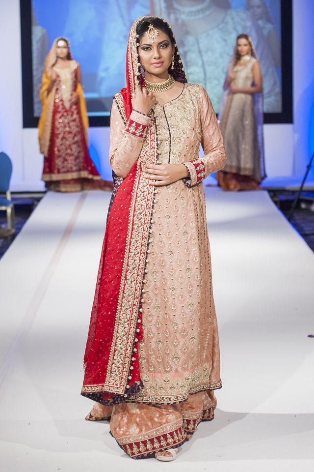 109 best Bridal dresses images on Pinterest | Brautkleider ...
