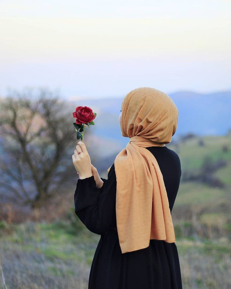 Картинки арабские девушки в хиджабе на природе