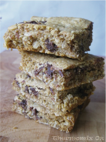 Chocolate Chip Anzac Cookie Bars ~ Thermomix Oz