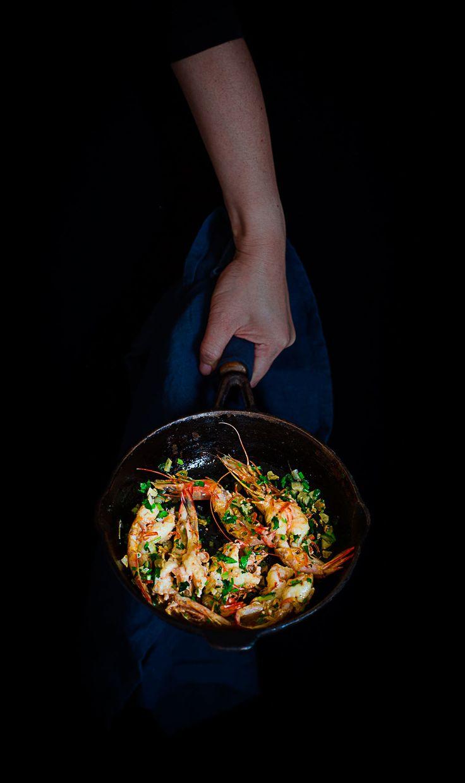 Coriander Garlic Butter Prawns | Cooking With Lei