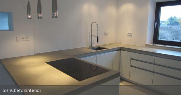 3-teilige küchenarbeitsplatte aus beton (dyckerhoff flowstone). integrierte abtropffläche. spülbecken unterbau. kochfeld flächenbündig geschliffen, imprägniert, geölt und poliert. kantenausbildung 90°, leicht angeschliffen. textilarmiert.