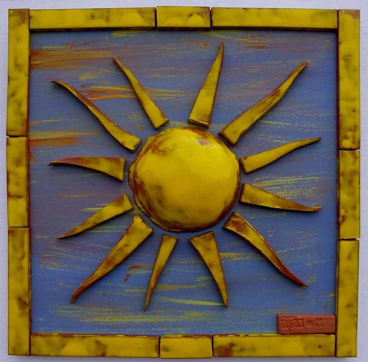 handmade ceramic sun wooden hand-painted base and ceramic frame 30 x 30 cm