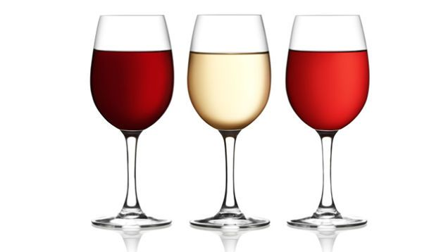 Which Glass to Use for Which Drink and Why  [Article]