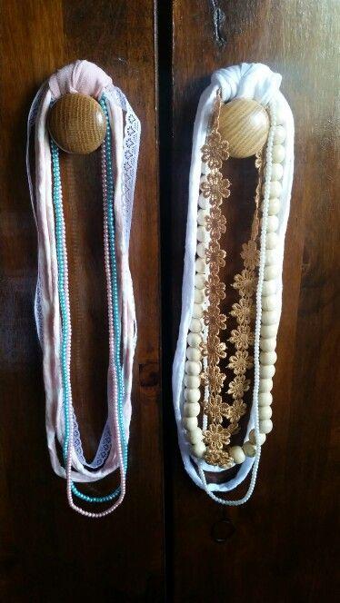 Necklaces /Hangertjies