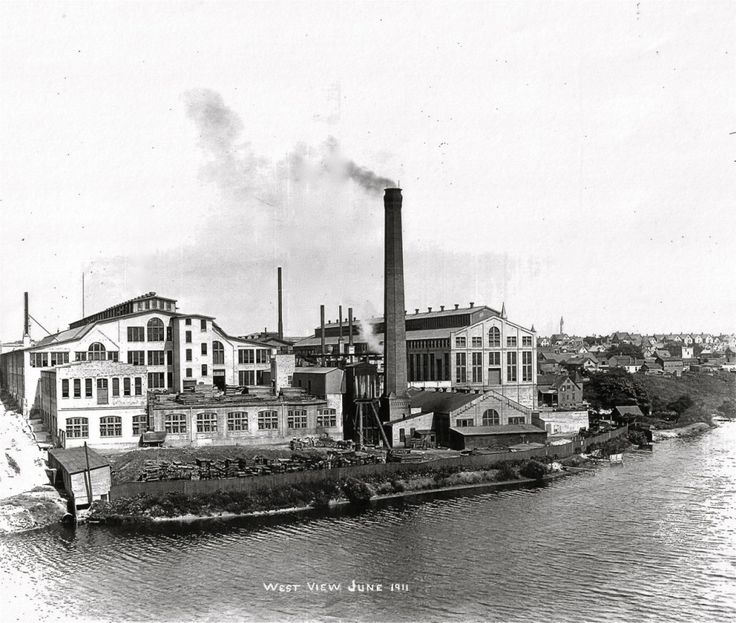 NEW PARK HAS AN INDUSTRIAL PAST National Brake and Electric factory | Milwaukee | Pinterest | Park, River park and Rivers