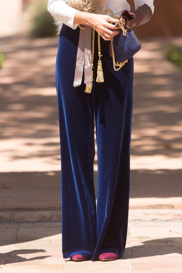 Look invitada boda: velvet pants Invitadas - Confesiones de una Boda