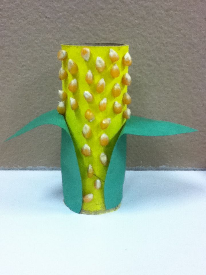 Harvest corn craft using toilet paper roll, yellow paint ...