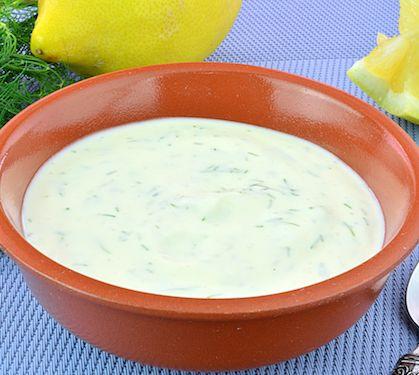 Sauce crémeuse nordique | Envie de bien manger. Plus de recettes ici : http://www.enviedebienmanger.fr/recettes/sauce