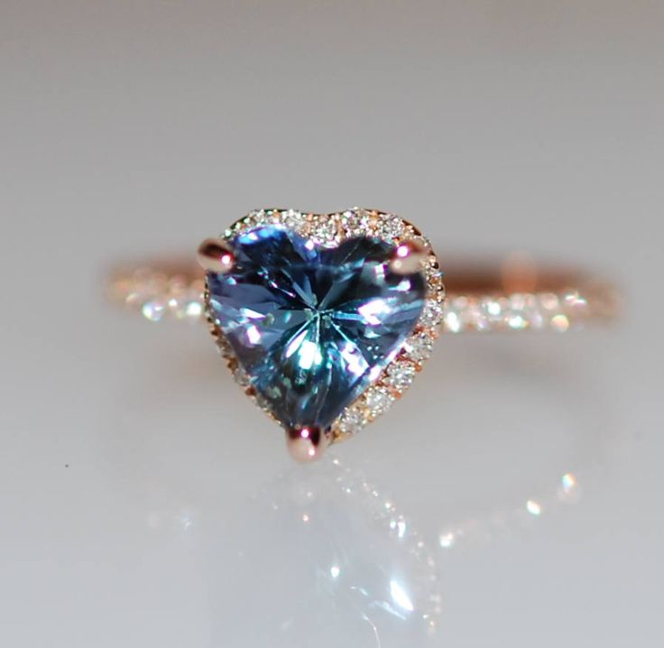 Heart engagement ring Tanzanite ring by Eidelprecious This ring will definitely steal her heart :) #wedding #weddinginspiration