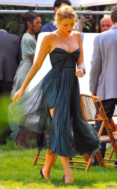 cute blue flowy dress, but honestly ... Blake lively u r my hero.