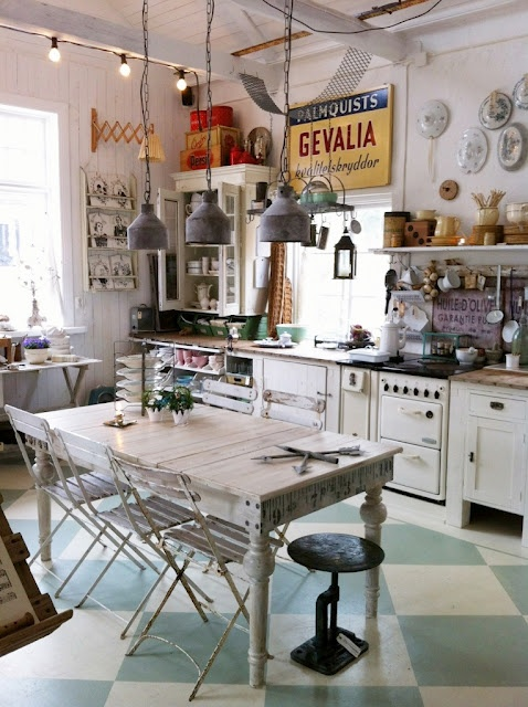 I like the eclectic look of this kitchen.