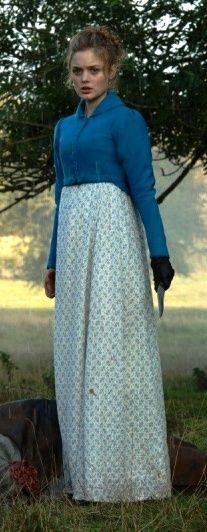 Bella Heathcote como Jane Bennet en Orgullo + Prejuicio + Zombies (2016)