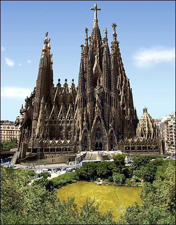 Being here for 2 weeks and haven't visit Sagrada Familia, Barcelona, Spain. shame on me