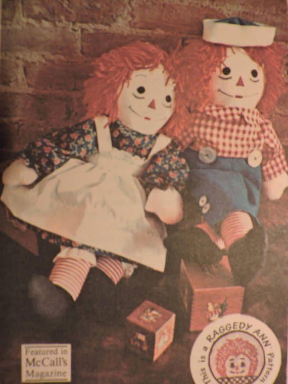 Raggedy Ann & Raggedy Andy Stuffed Dolls Vintage 1970 UNCUT