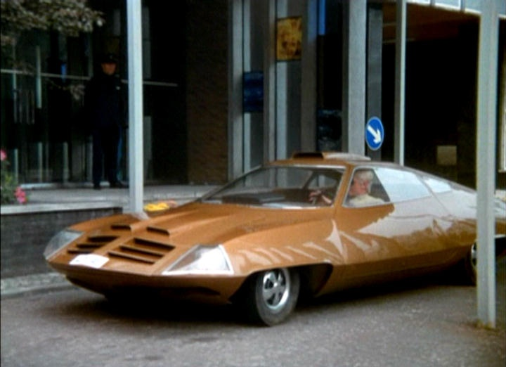 70s, retro-futuristic, futuristic car, Straker's car, from the 1970 UKTV series UFO