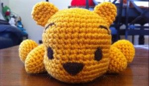 Bebé Winnie the Pooh Amigurumi - Patrón Gratis en Español - Versión en PDF click en la imágen del oso para acceder al PDF aquí: http://hastaelmonyo.com/?p=2294