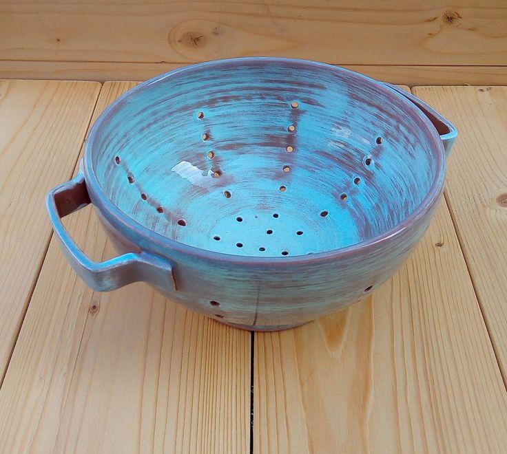 Ciotola colino per lavaggio piccoli frutti in ceramica fatta a mano food safety di LeDueTerreeDintorni su Etsy
