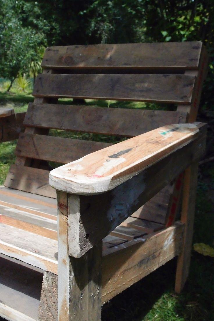 1000 images about pallet furniture on pinterest madeira for Pallet furniture blogspot com
