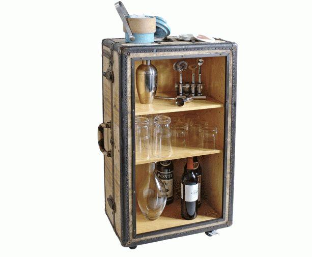 7 besten steamer trunk mini bar bilder auf pinterest minibars berseekoffer und alte koffer. Black Bedroom Furniture Sets. Home Design Ideas