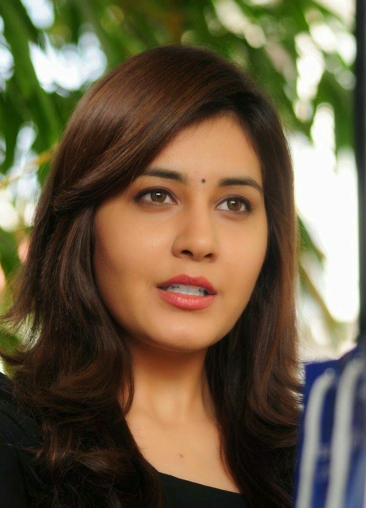 Rashi Khanna Cute Stills - Raashi Khanna