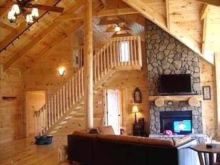 vaulted ceilings - good in theory but all I can think about are heating and cooling costs