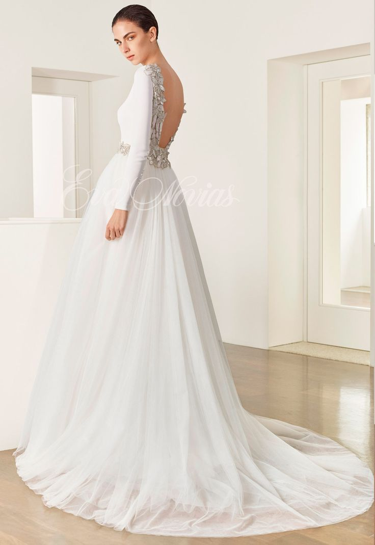 Wedding dress Patricia Avendaño Model 2672 - Eva Novias