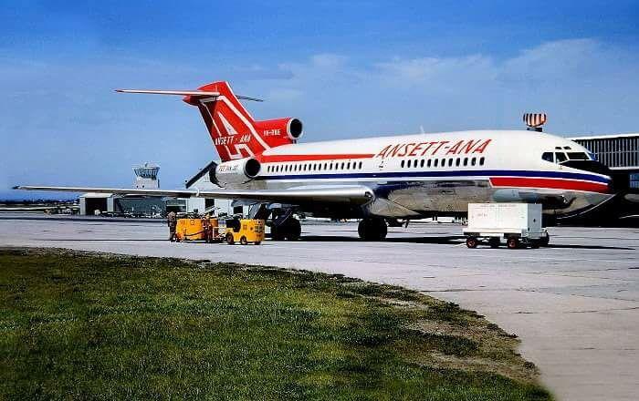 Ansett Boeing 727-77 (VH-RME)