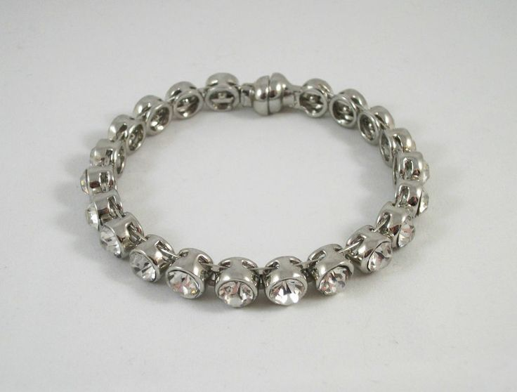 RHINESTONE BRACELET * Silver Tone * Clear Stones * Magnetic Clasp * NEW $7.95 obo (Free S&H)