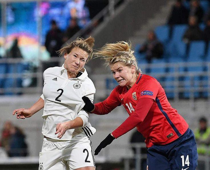 . Weltrangliste 1. USA 2. Deutschland 3. Frankreich 4. Kanada 5. England  #nationalteam #nationalmannschaft #dfbfrauen #dfb #wnt #nationalspielerin #josephinehenning #josi #josephine #henning #team #mannschaft #fußballerin #länderspiel #deutschland #germany #match #fussballliebe #fußballliebe #fussball #fußball #frauenfußball #frauenfussball #soccer #womensoccer Foto: DFB http://misstagram.com/ipost/1545157475438436629/?code=BVxgImNjCEV
