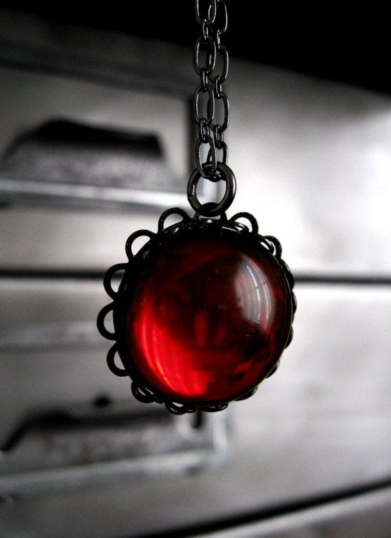 1000+ ideas about Red Glass on Pinterest | Color red, Red ...
