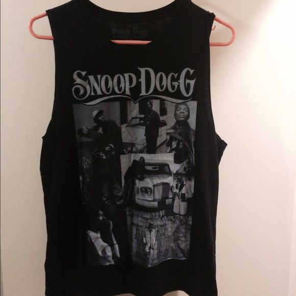 Snoop dogg muscle tank Very comfortable muscle tank top. Tops Muscle Tees