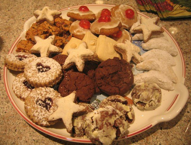 1000+ images about Ethnic Christmas Cookie Recipes on ...