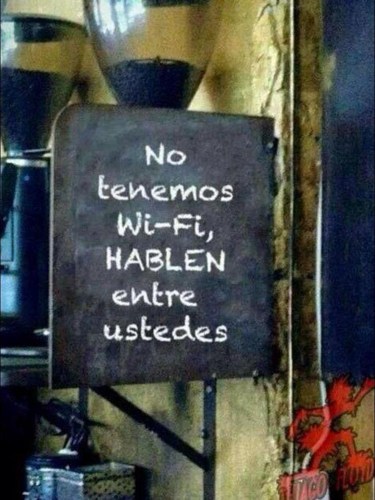 TECNOLOGIA: Infiere otras ideas acerca de este letrero de un negocio en América Latina. Escribe tus ideas en un párrafo de 10 lineas. Usa tiempos perfectos y los subrayas. (Actividad por M. Melara)