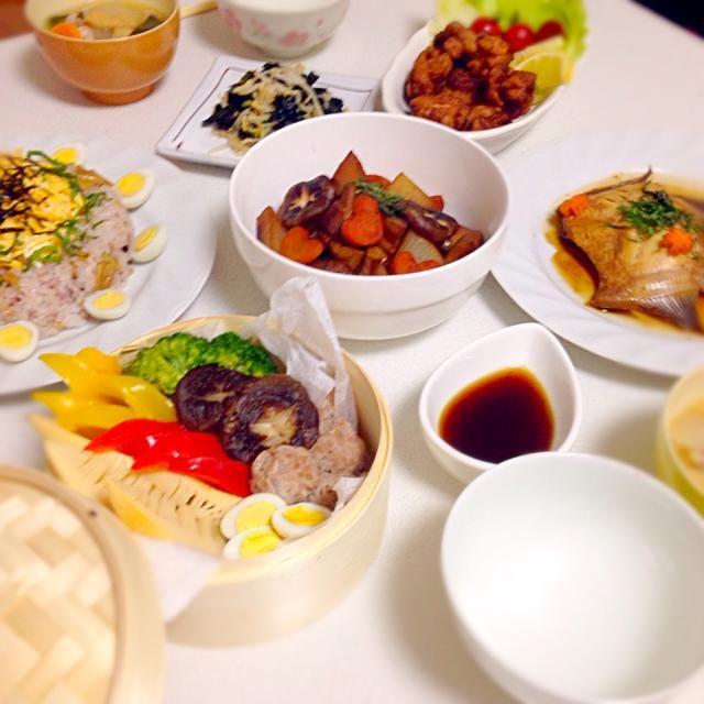 友達とお料理会♡ 夕食のテーマは和食! どれも楽しく美味しく作れました♪ - 6件のもぐもぐ - *カレイの煮付け *鳥もも肉の唐揚げ *筑前煮 *野菜とつくねのセイロ蒸し *十六穀米のチラシ寿司 *もやしとわかめの酢の物 *豚汁 by mutsumiminFdZ
