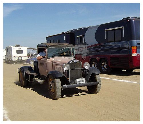 Ford 1 Ton Dually Flatbed