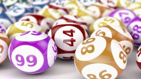 Juega 12 números de Lotería de Navidad ¡Queremos que tus sueños se hagan realidad! Juega 12 números de Lotería de Navidad por solo 16,50 €. Se repartirán más de 2.200 millones de euros en premios. ¡No esperes más!