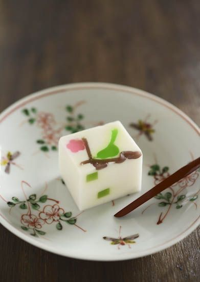 Japanese sweets, Bush Warbler 春告鳥