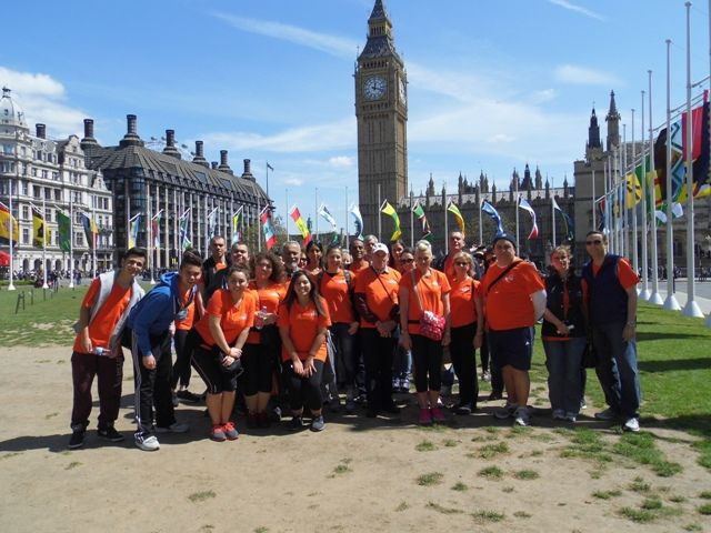 The 6-mile group enjoy the sunshine in the shadow of Big Ben! Well done to everyone who took part and supported NASS!