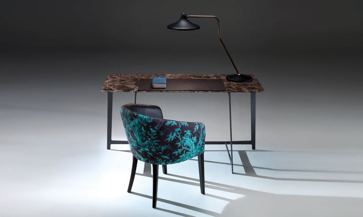 B195 writing table by BORZALINO