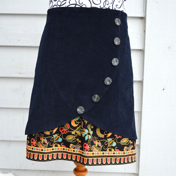 Inspiration for upcycling: Medium-wale corduroy tulip skirt over batik-look, A-line cotton underskirt, from the inspirational and tutorial-filled blog, Ikat Bag (24 Jan. 2012)