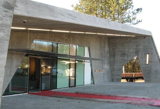 Vandcenter, Nisbjerg,  A2 Arkitekterne  Arkitekturpris - Vinderen i 2010  Bedømmelseskomiteen lagde i valget af Nibsbjerg Vandcenter bl.a. vægt på, at vandcentret er indpasset godt i det eksisterende villakvarter, at arkitekturen afspejler funktionen, at borgerne i området lige fra starten har været inddraget i projektet, og at udearealerne ved centret indrettes til gavn for bl.a. områdets børn.