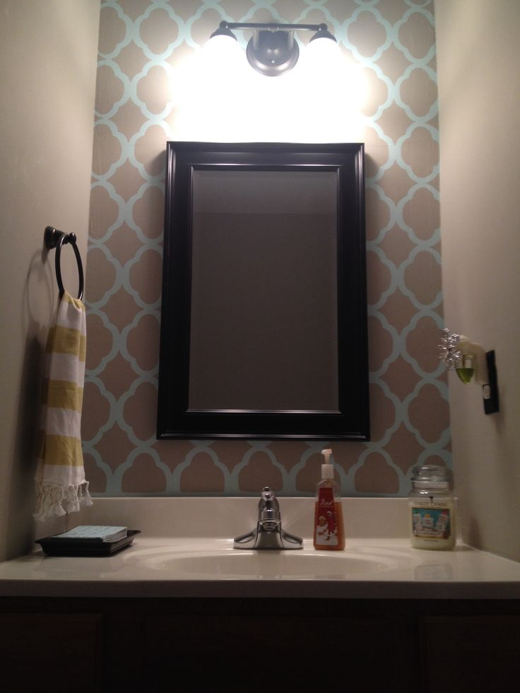 Best 25 Accent Wall Colors Ideas On Pinterest: Best 25+ Wallpaper Accent Wall Bathroom Ideas On Pinterest