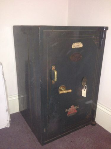 antique-safe