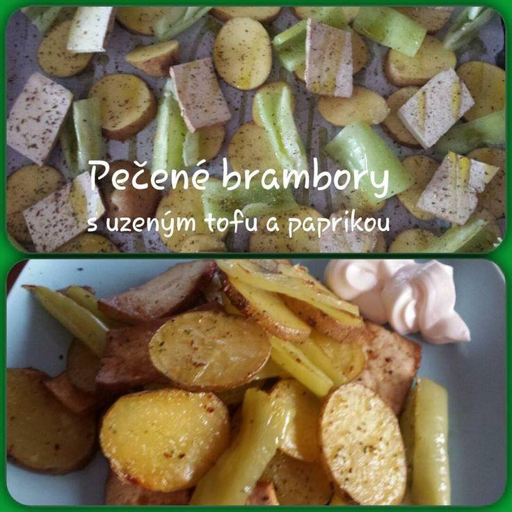 Kytičkový den - pečené brambory s uzeným tofu a zelenou paprikou..koření na americké brambory,sůl,trocha olivového oleje