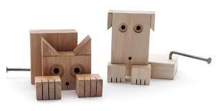 """Oggi vogliamo parlarvi di Flavio Sigandia e di """"Animaderos"""".  Flavio fin da bambino amava costruire, montare e smontare i suoi giocattoli,..."""