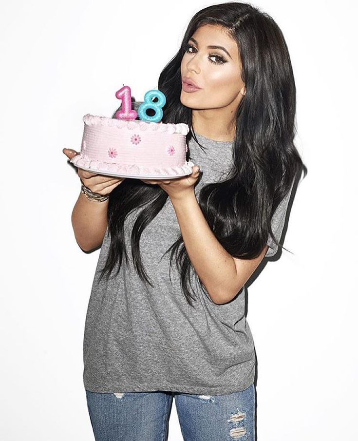 @kyliejenner: @kittengalore @terryrichardson this was the last shot on my way out!