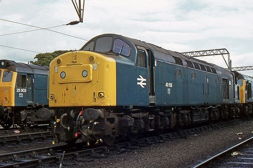 40158 (ex D358) at Carlisle New Yd on 4th Aug 1983. Built at the English Electric Vulcan Foundry and delivered on 6th Sept 1961. Withdrawn on 18th Dec 1983 and cut up at Doncaster Works on 29th Sept 1984. (Darren Harris)